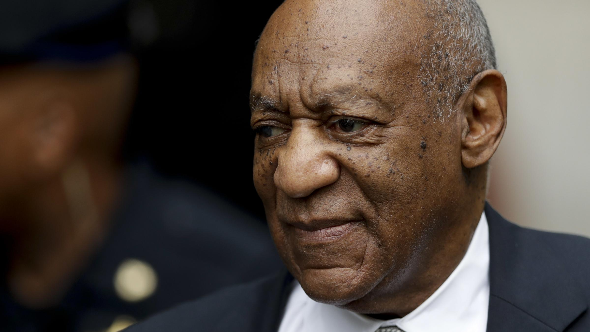 Mistrial declared in Bill Cosby trial as jury deadlocked